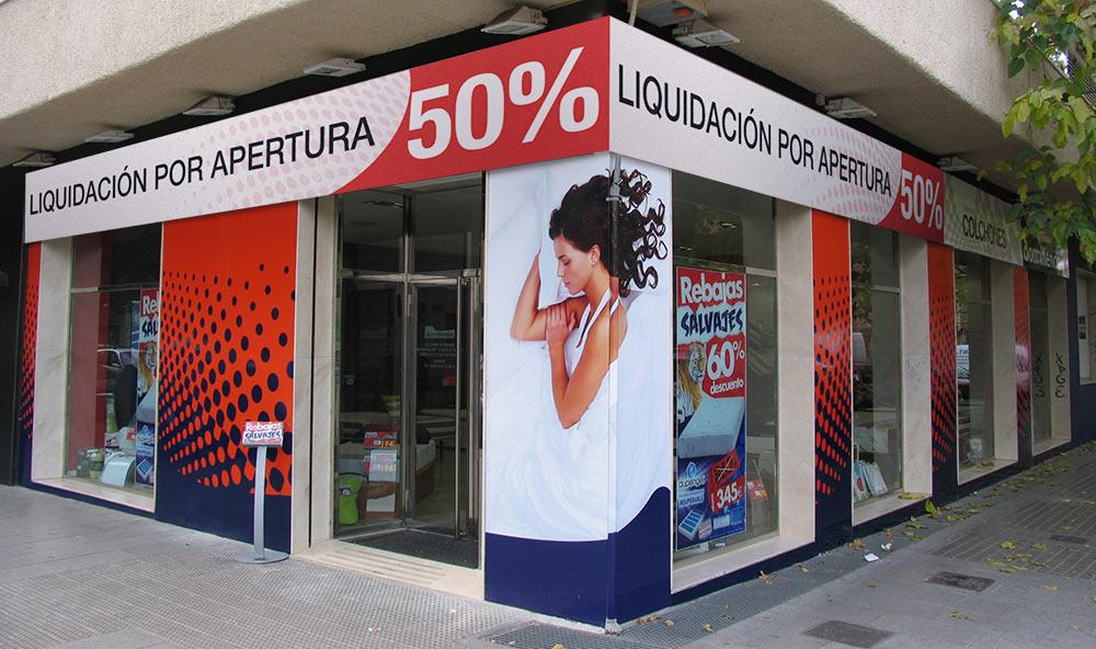 Inauguran una tienda de colchones ya de liquidación | El Mundo Today