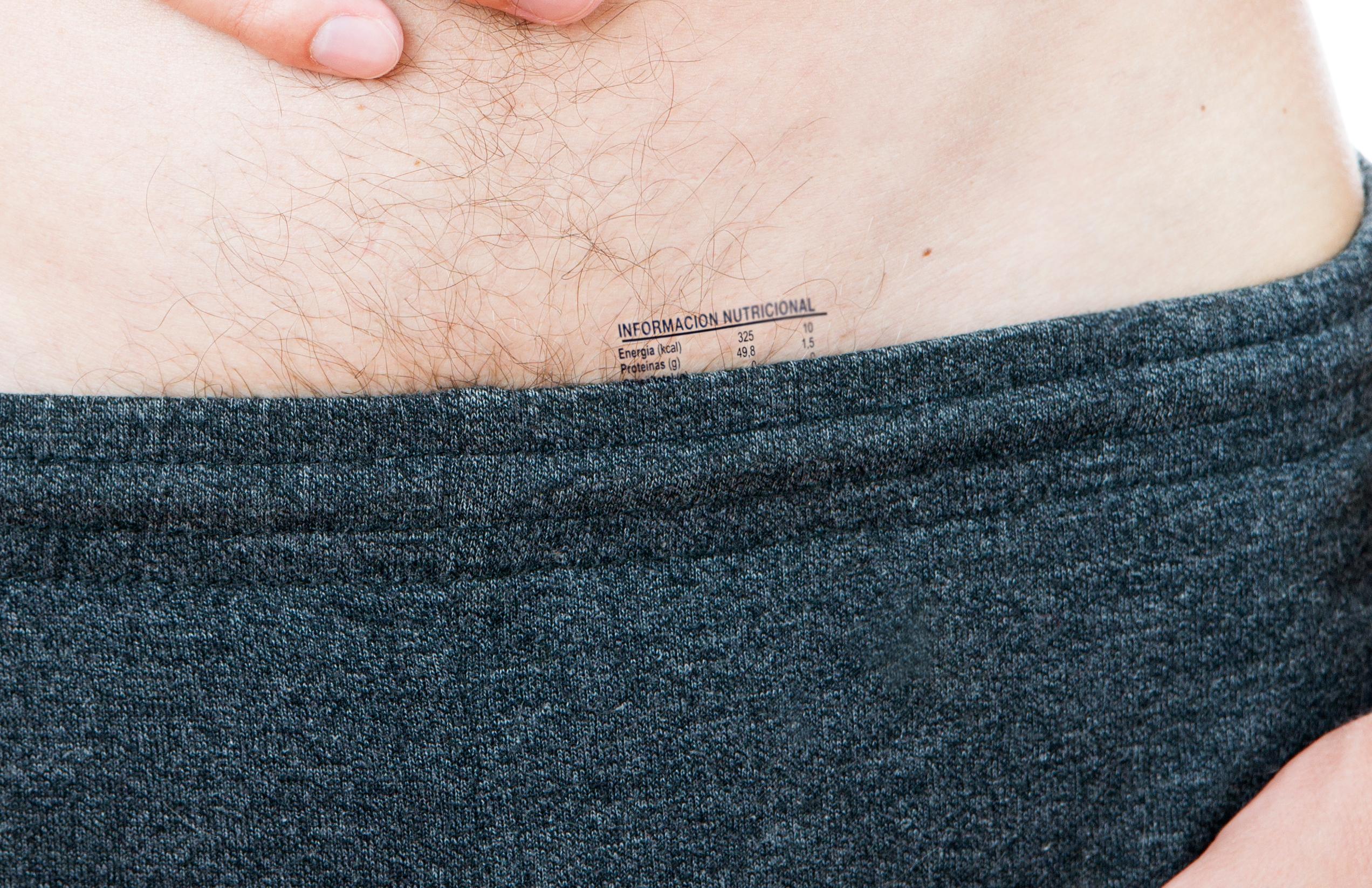 Los genitales deberán incluir una tabla de información nutricional ...