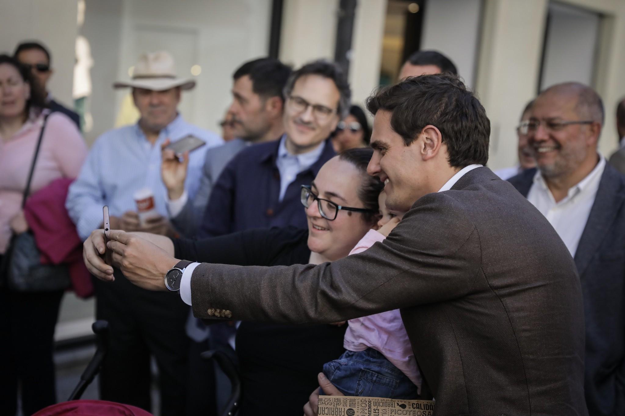 París corrige a Rivera, que llevaba días diciendo que había ganado las elecciones en Francia y que allí es Presidente